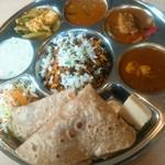 カフェと印度家庭料理 レカ